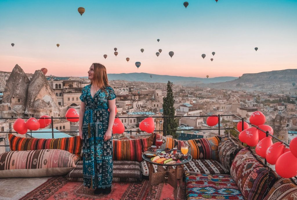 The Cheerful Wanderer (http://thecheerfulwanderer.com) in Cappadocia, Turkey